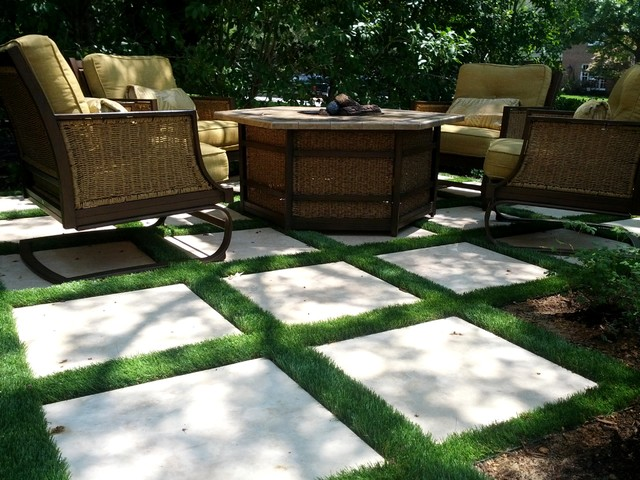 CLS traditional-patio