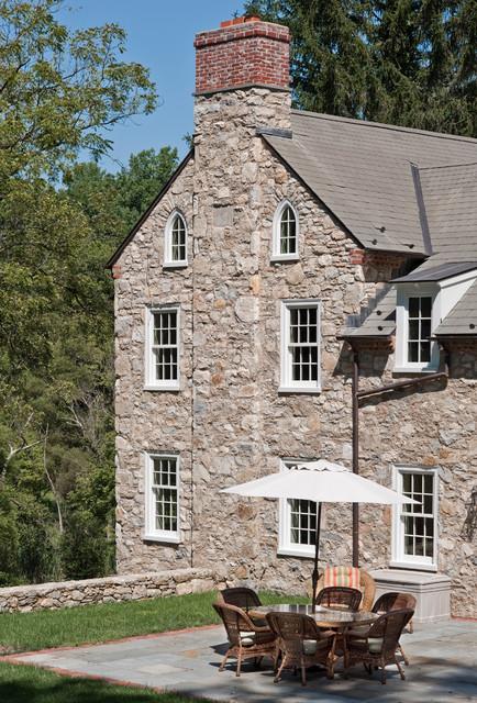 Cold Springs Farm farmhouse-patio