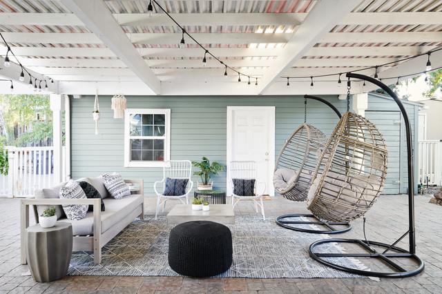 Concord Family Home coastal-courtyard