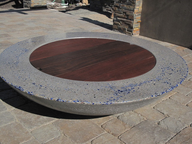 Concrete gas fire pits for Concreteworks fire table