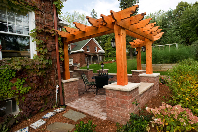 Eyer Project traditional-patio