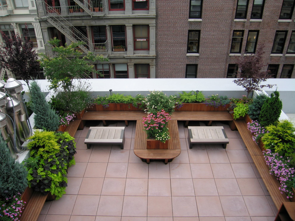 How To Turn Your Flat Roof Into A Luxurious Patio