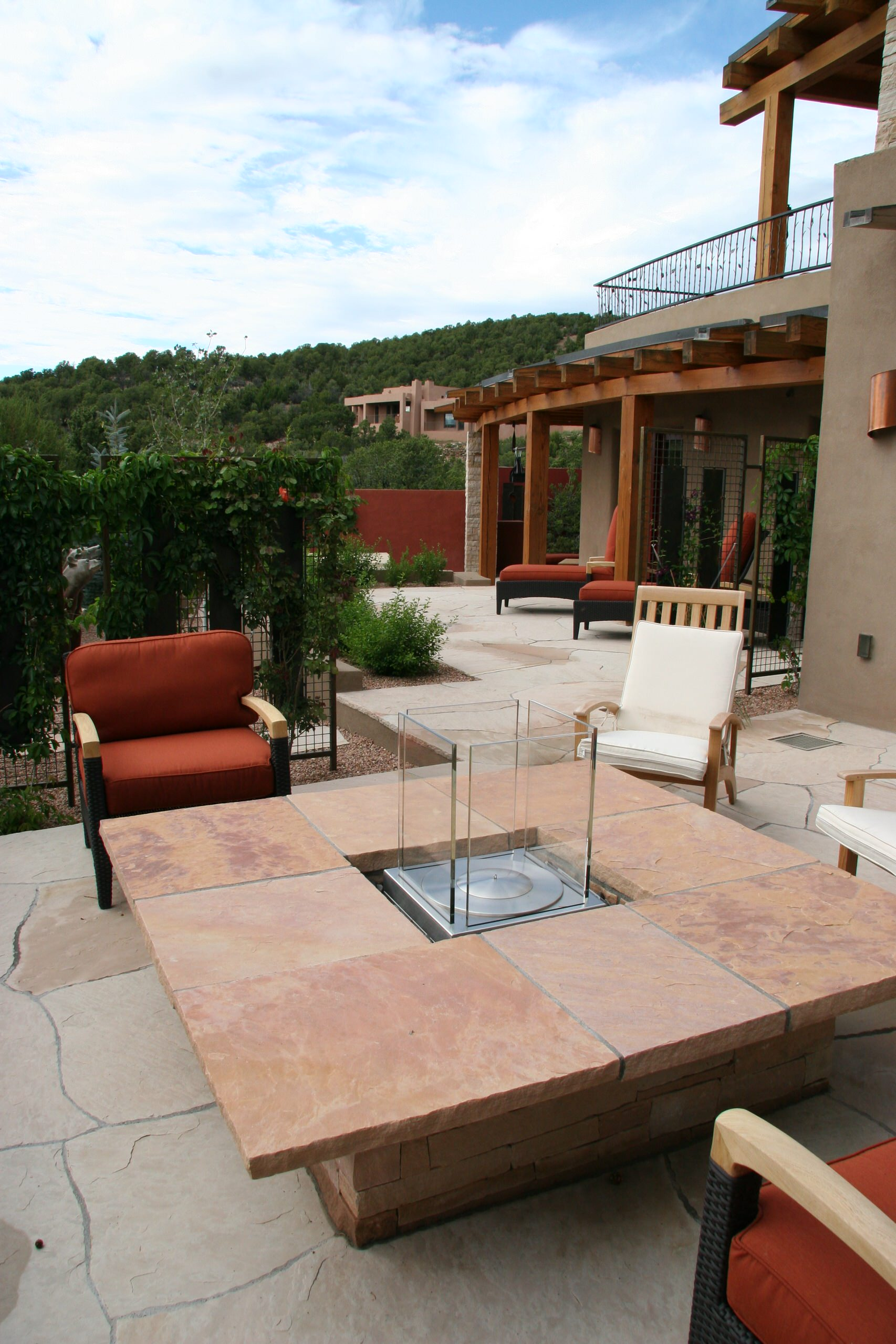 Contempoary Fire Pit Patio