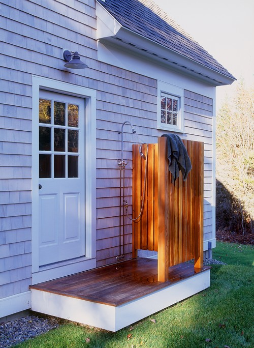 traditional exterior Little Luxuries: Outdoor Showers