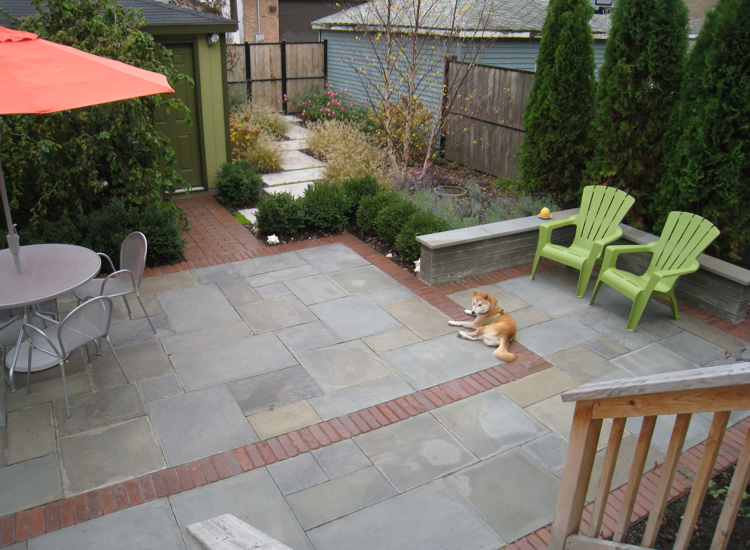 contemporary city patio and garden