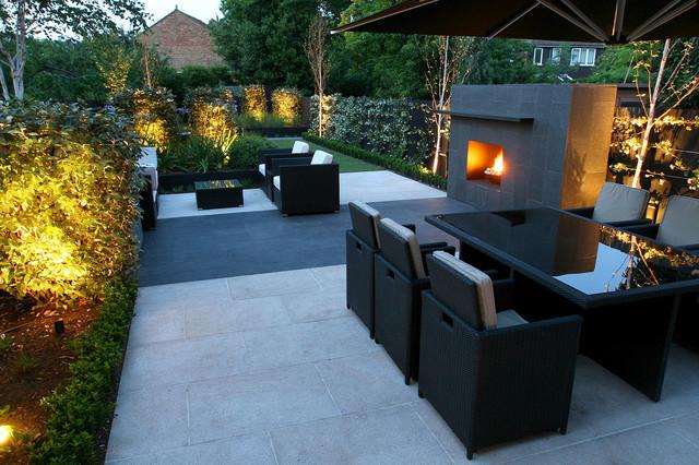 Contemporary Family Garden in Barnes London