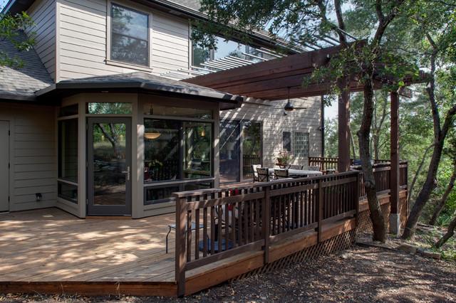 Contemporary Light traditional-patio