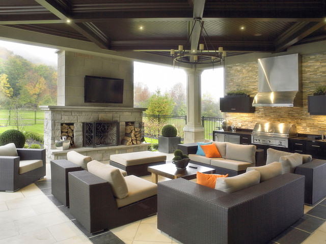 Contemporary Outdoor Kitchen Entertainment Area - contemporary
