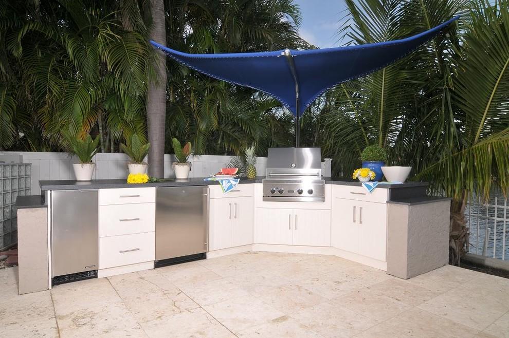 Contemporary Outdoor Kitchen Remodel (Miami, FL ...
