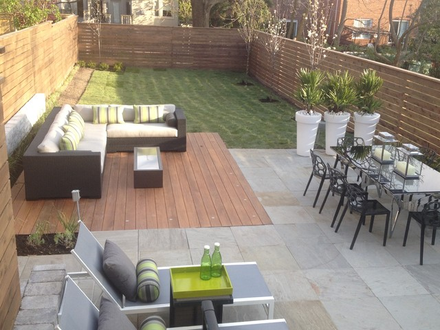 Modern toronto backyard for Modern garden decking designs