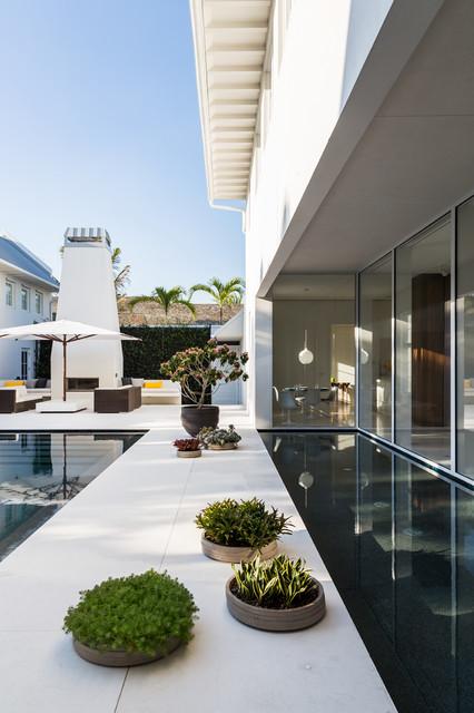 Contemporary Residence In Windsor Vero Beach Florida