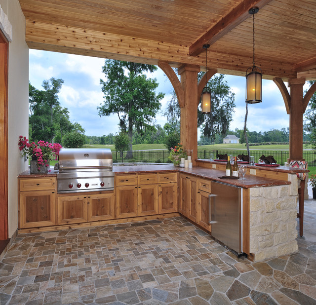 Contemporary Outdoor Kitchen: Contemporary Tuscan Veranda