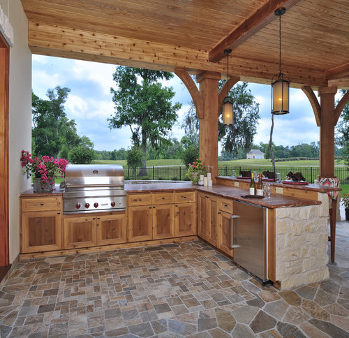 Luxury Outdoor Kitchen: Is That Smooth Cut Or Rough Cut Cedar?