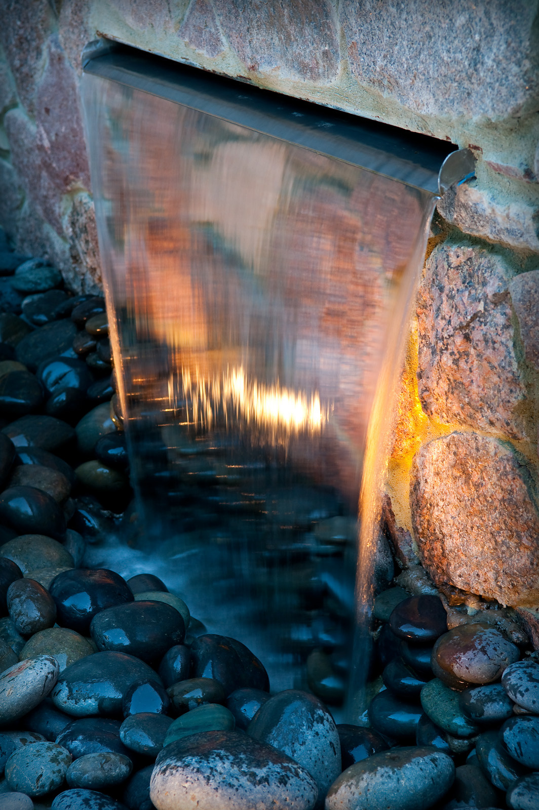 Contemporary Water Feature - Brookfield