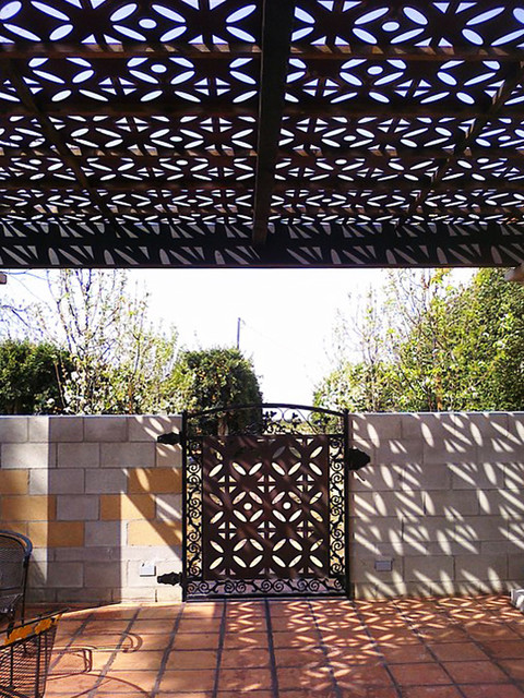 Continental Flower pattern mediterranean-patio