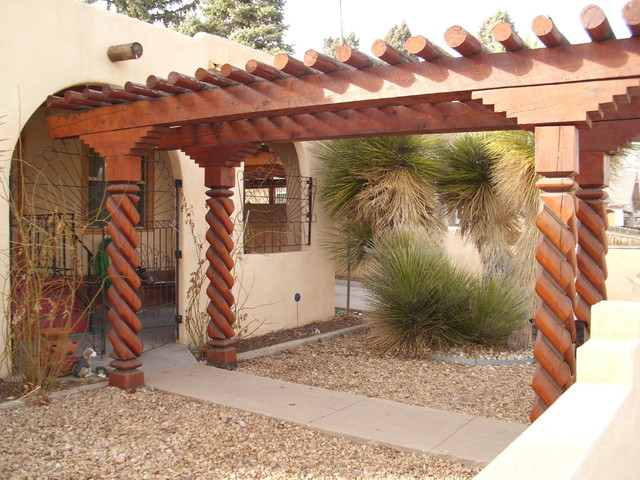 Covered New Mexican Style Entryway