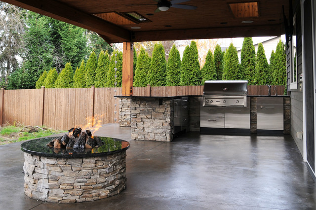 Covered Patio amp Firepit