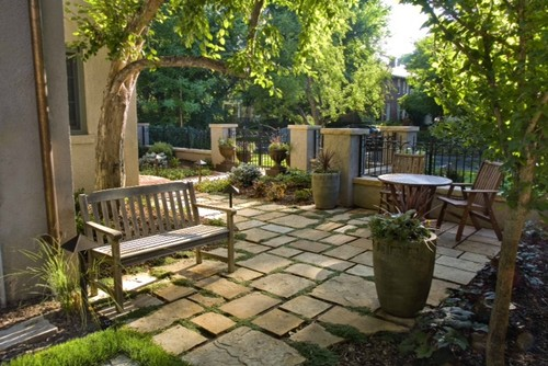 Mediterranean Patio by Denver Landscape Architects & Landscape Designers Lifescape Colorado.