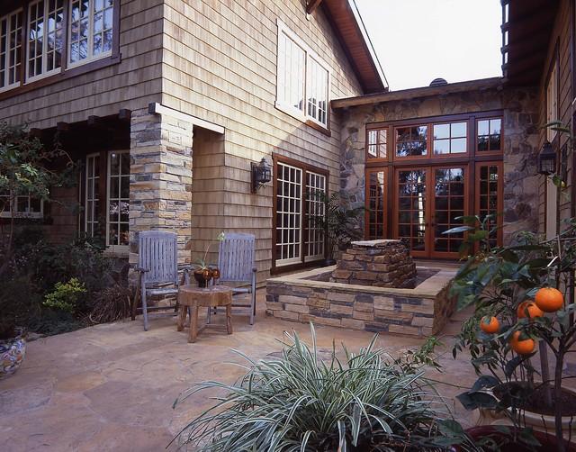 Craftsman Backyard traditional-patio