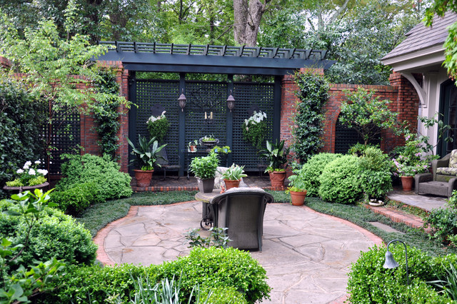Crescent Ave. Urban Oasis traditional-patio