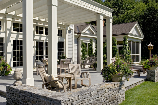 Crisp Architects traditional patio