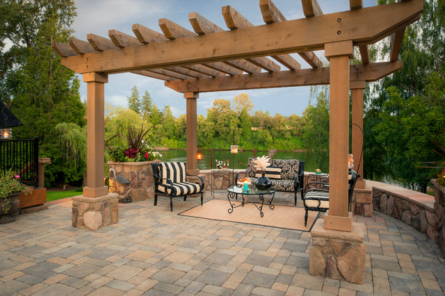 Cudahy Traditional Patio Portland By Paradise