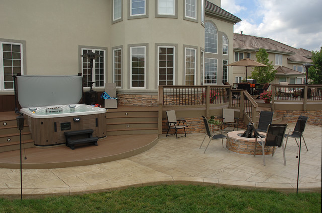 Curved Composite Deck Patio