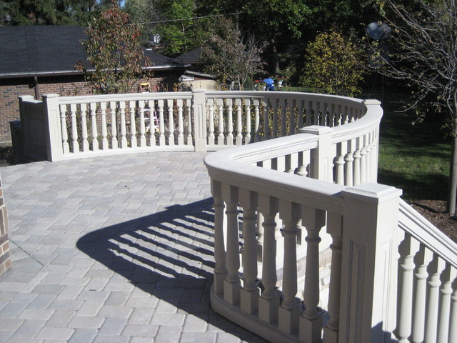 Curved Patio Balustrade