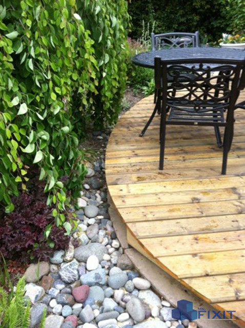 Curved Wood Deck Rustic Patio Vancouver By Mr
