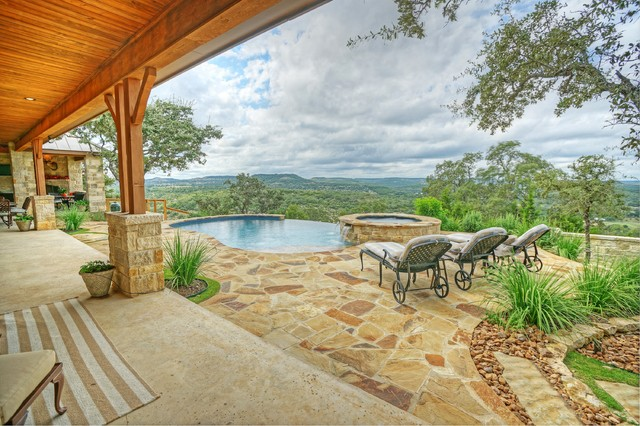Custom Home in Leon Springs traditional-patio