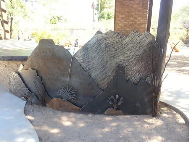 Example of an eclectic patio design in Phoenix