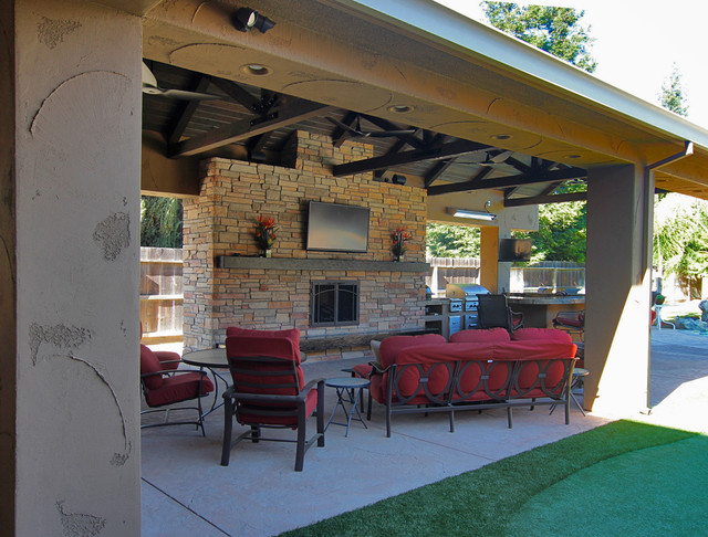 Custom Residential Outdoor Kitchen traditional-patio
