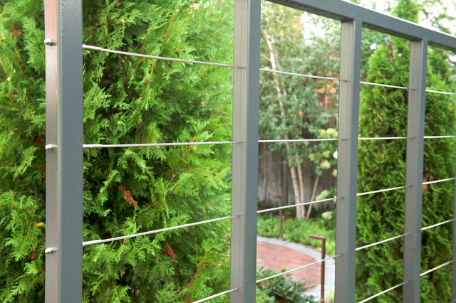 Custom Steel And Aircraft Cable Fence trellis For Vine