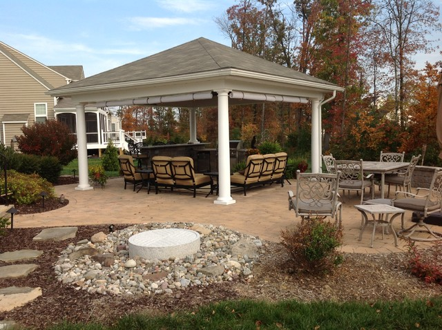 Custom Woodwork traditional-patio