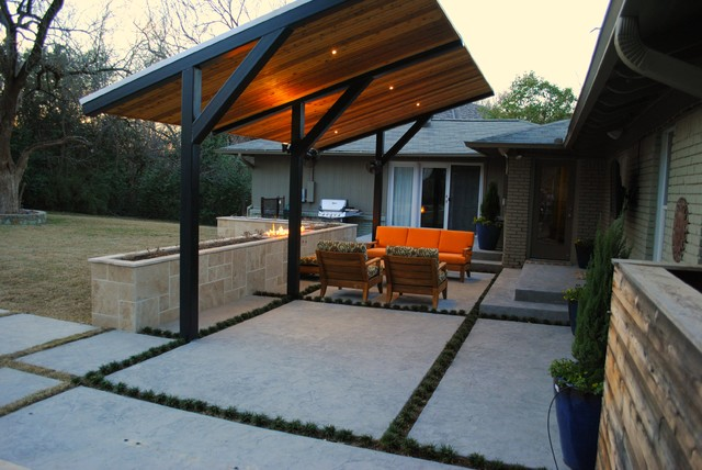 Superior Dallas Ranch Style Modern Patio