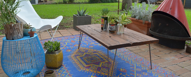 Dallas, TX: Sara & Rocky Garza eclectic-patio