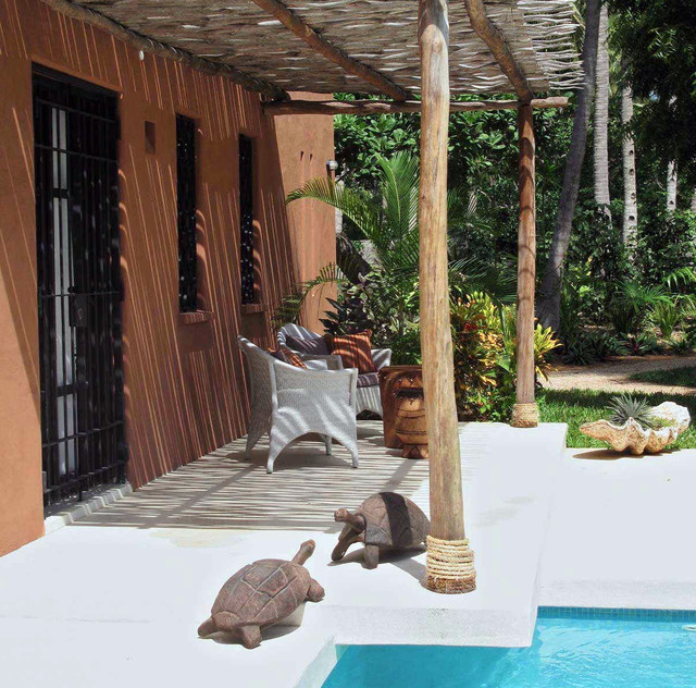 Dar Meetii tropical-patio