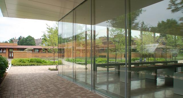 Darwin D. Martin House modern-patio