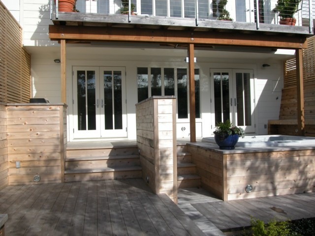 Deck traditional-patio