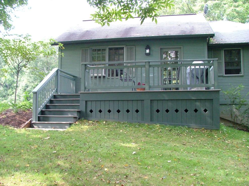 Example of a classic patio design in Cincinnati
