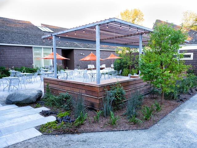 Example of a trendy patio design in Boston