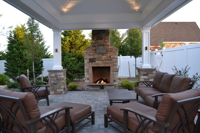 Exceptionnel Deep Seating Homecrest Furniture, Pavilion, And Cultured Stone Gas  Fireplace. Ww Traditional