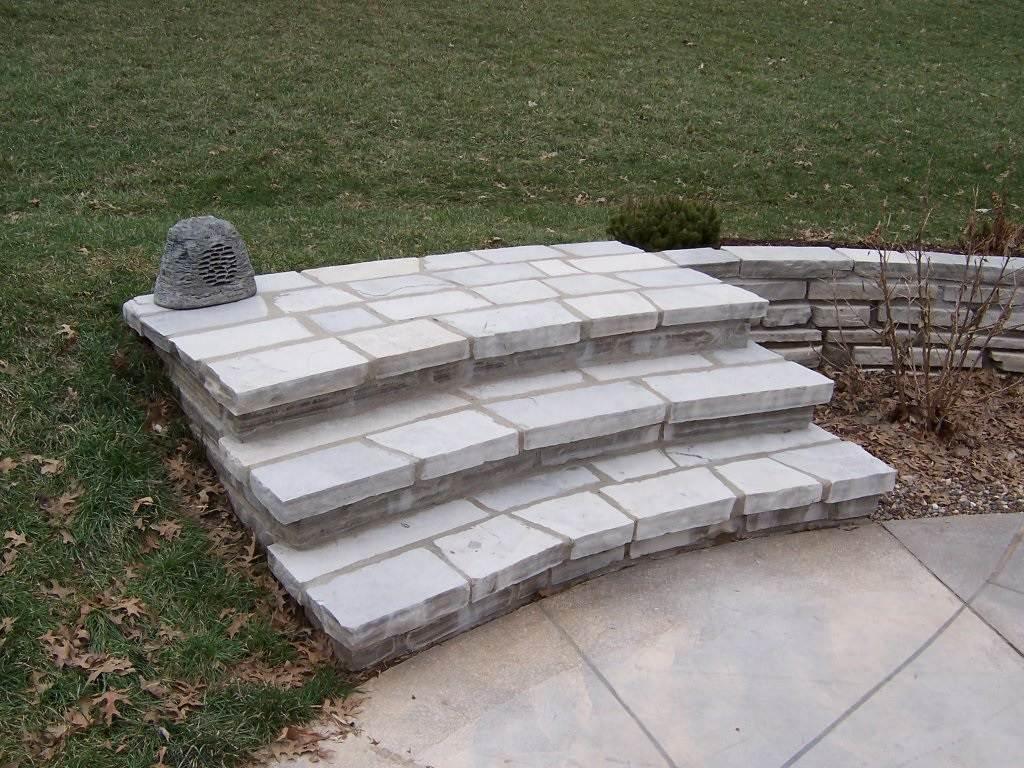 Des Peres Missouri Stone Masonry Step Set to Patio