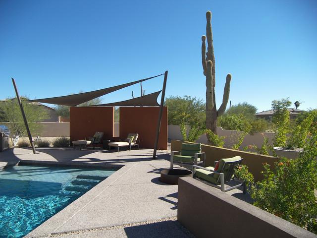desert back yard contemporary-patio