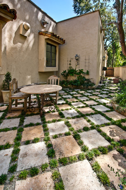 Desert Gold Travertine Pavers Traditional Patio