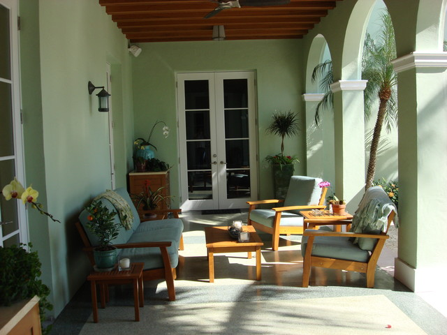 Designs By Todd MacLean Outdoor Living tropical-patio