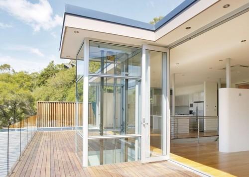 DomusLift Exterior Glass Home Elevator