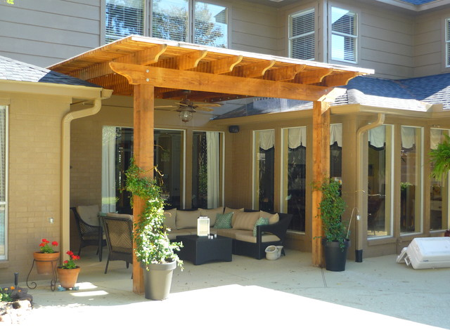 Donaldson pergola traditional patio houston by for Pergola images houzz