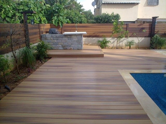 Durlife siasta decking modern patio tel aviv by for Modern garden decking designs