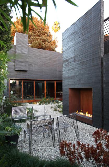 Dwell Home Venice contemporary-patio